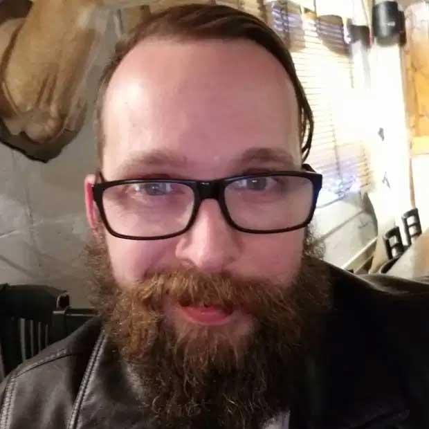Ronnie McNutt streamade sitt självmord på Facebook